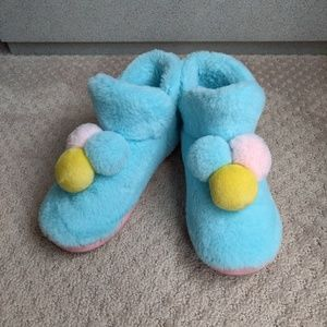 Cute slippers / Home Shoes